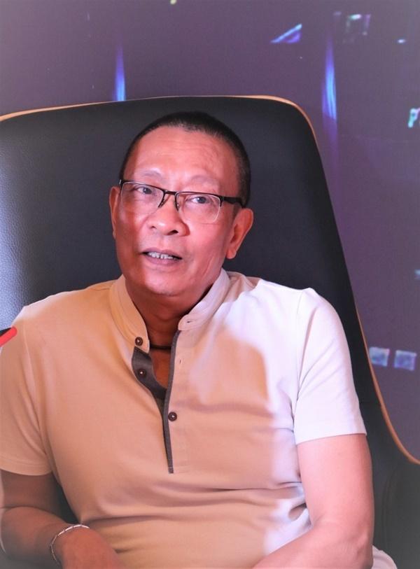 MC Lại Văn Sâm chia sẻ về người vợ kín tiếng và thông tin có biệt thự dát vàng