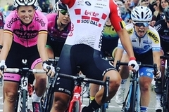 Vietnam's Nguyen Thi That wins French cycling race