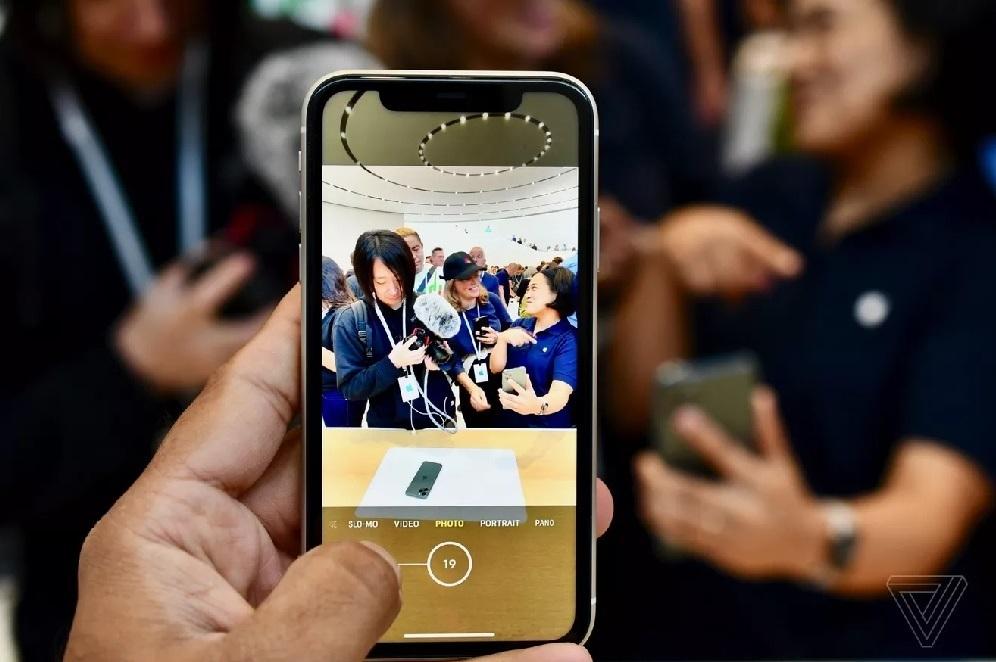 Hình ảnh và trải nghiệm đầu tiên về iPhone 11, 11 Pro và Pro Max