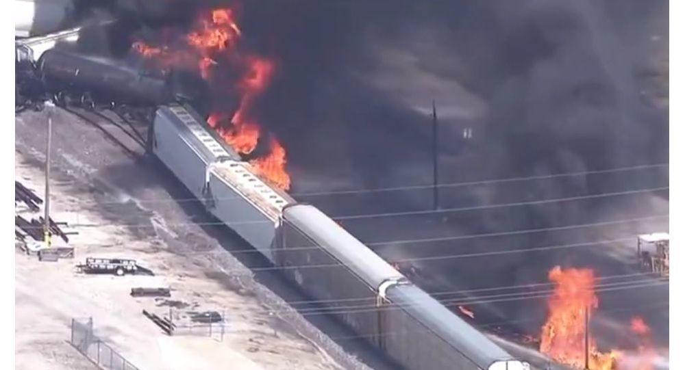 Mỹ,tàu chở hàng,tàu hoả,đường sắt,bốc cháy,hoả hoạn