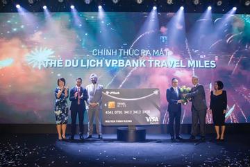 Đặt phòng, đổi vé máy bay linh hoạt với thẻ VPBank Travel Miles
