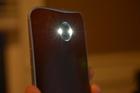 Mẹo lắc điện thoại để bật nhanh đèn pin hoặc máy ảnh trên Android