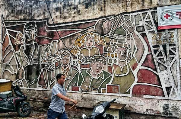 Wall paintings,demolish historic street art,entertainment news,what's on,Vietnam culture,Vietnam tradition,vn news,Vietnam beauty,Vietnam news,vietnamnet news,vietnamnet bridge,Vietnamese newspaper,Vietnam latest news,Vietnamese newspaper articles,news Vi