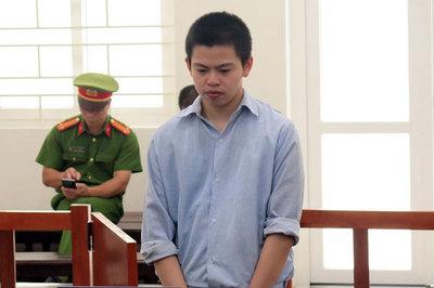 Bị mắng, nghịch tử rình cả đêm để truy sát mẹ ở Hà Nội