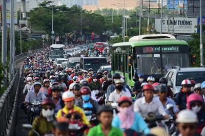 Cầu vào nội đô kẹt xe nhức nhối nhất Sài Gòn sắp rộng thêm hơn 1m