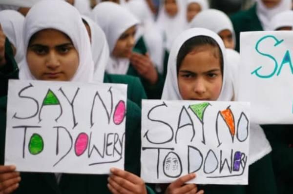 """Thanh thiếu niên châu Á tự tử vì áp lực: Ấn Độ nhiều nhất, Việt Nam bị """"xướng"""" tên"""