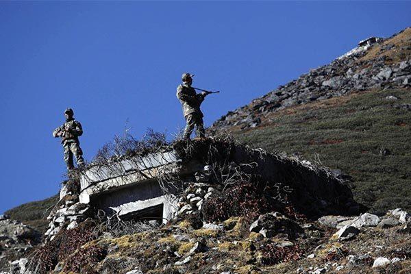 Lính Trung Quốc - Ấn Độ đụng độ ở biên giới