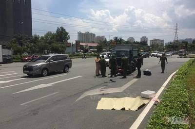Người phụ nữ bị xe tải tông văng hơn 5m chết thương tâm ở Sài Gòn