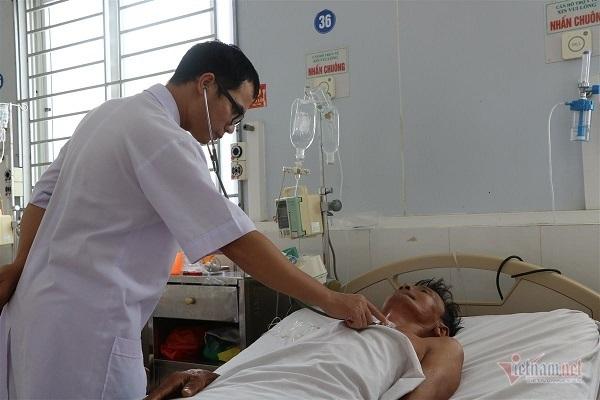 Cụ ông Hà Tĩnh nhập viện do bệnh  whitmore