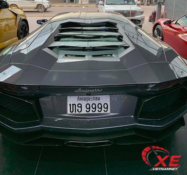 Lộ diện dàn siêu xe khủng của đại gia Lào hội ngộ dân chơi Việt