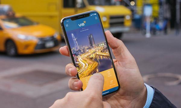 VIB tiên phong triển khai tính năng tra soát giao dịch trực tuyến