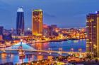 Điểm hot du lịch Việt, khách 'đỏ mắt' tìm chỗ chơi đêm