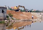 Kè 22 tỷ dài 700m ở Hà Nội chưa bàn giao đã sạt lở