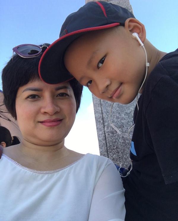 Bé trai 10 tuổi hỏi mẹ: 'Có thuốc nào cho con ngủ mãi không?'