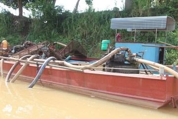 Danger looms over Cat Tien National Park as sand exploitation allowed