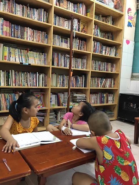 Trung thu của những em bé trong lớp học đặc biệt nhất TP.HCM