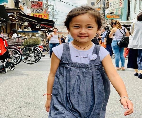 3 nhóc tỳ ngoan ngoãn, đáng yêu của Hoa hậu Hà Kiều Anh