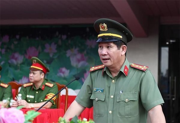 Top Dong Nai policeman loses all Party posts