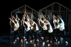 Contemporary dance show to take place at Saigon Opera House