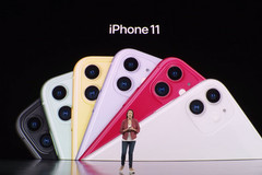 Giá iPhone tại Việt Nam tăng mấy lần từ năm 2010?