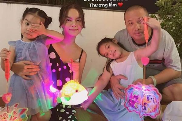 Phạm Quỳnh Anh hội ngộ chồng cũ, đón Trung thu bên 2 con