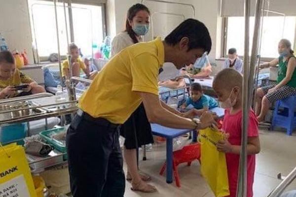 Nam A Bank thắp sáng những 'ước mơ đêm trăng'