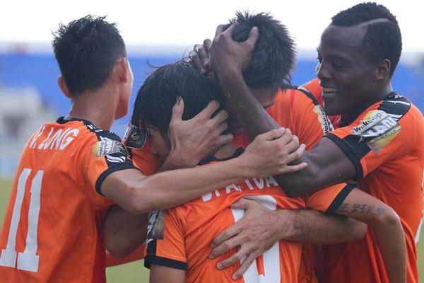 Đà Nẵng đại thắng derby, Hải Phòng mất điểm sân nhà