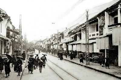 Những điều lạ lùng về tài kinh doanh của phụ nữ Hà Nội xưa