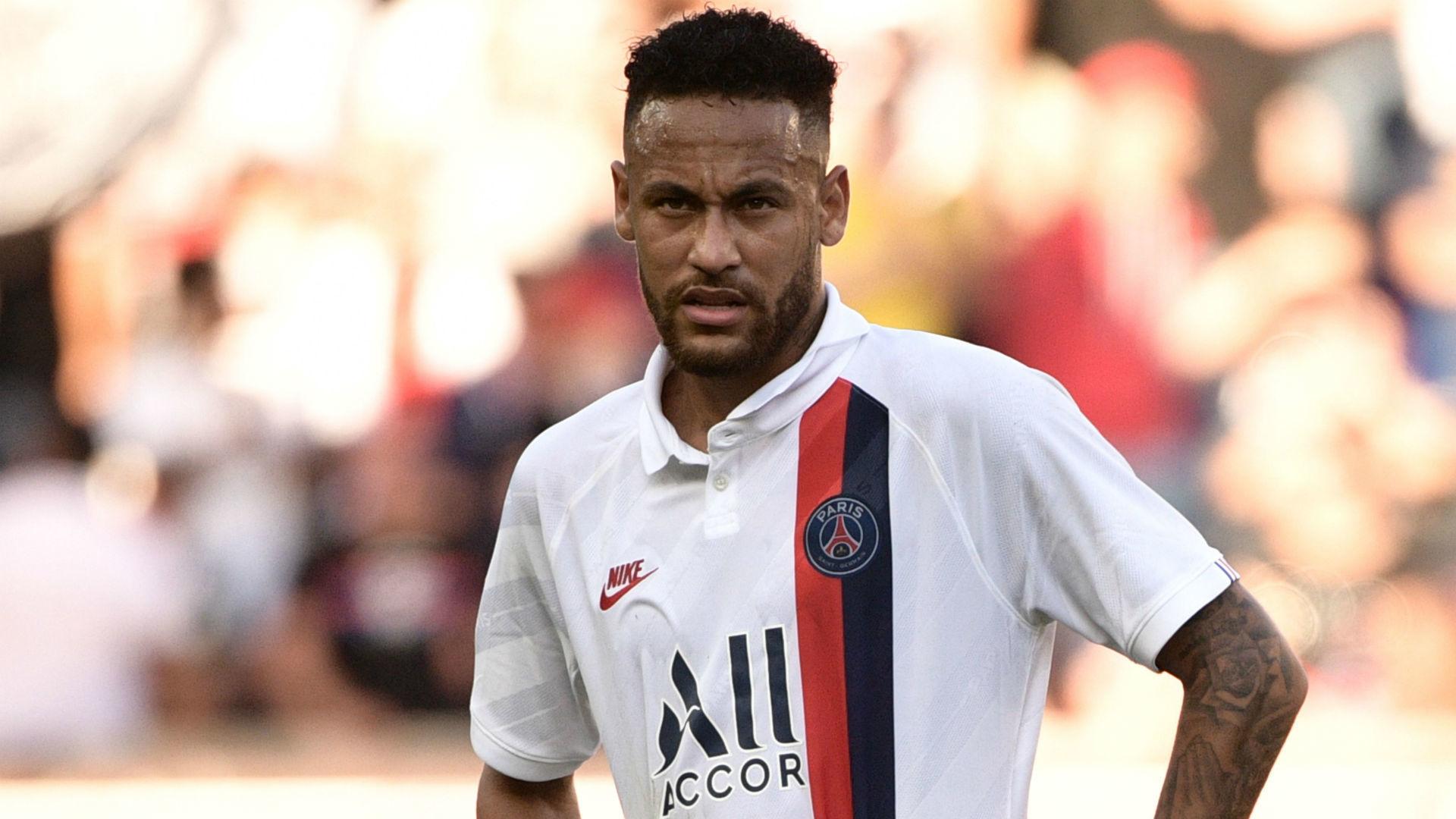 Maguire làm thủ lĩnh MU, Neymar nói lời cay đắng PSG