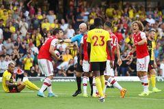 """Arsenal hòa như thua, điểm yếu """"chí mạng"""" dưới hàng thủ"""