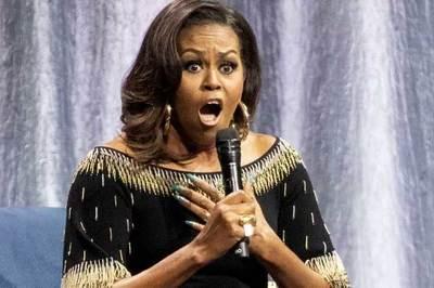 Vé buổi diễn thuyết của bà Obama cao ngất ngưởng