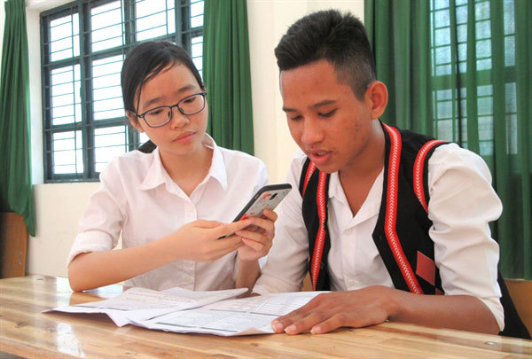 Students develop self-study app for Raglai language