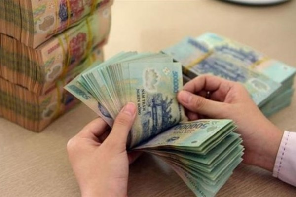 VN banks requested to control loans with savings books as collateral