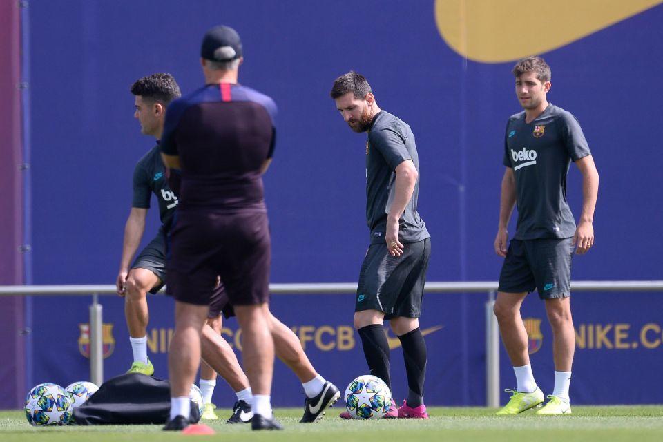 Messi tái xuất khiến Barca reo vui