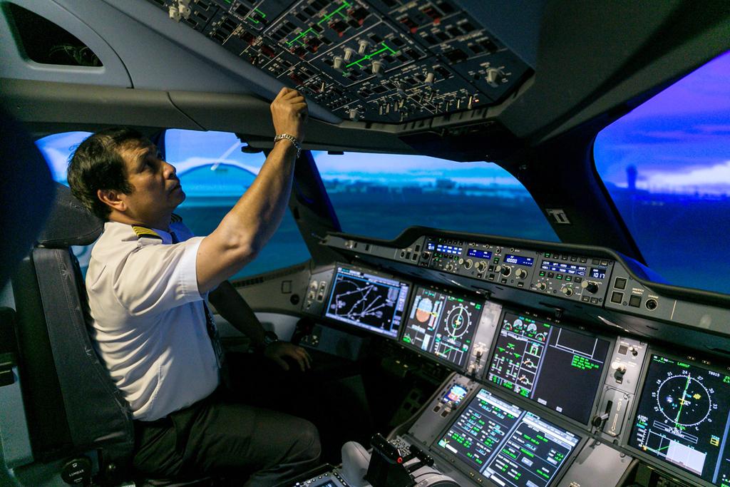 phi công,lương phi công