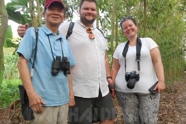 Garden becomes tourist site as storks arrive in Hai Duong