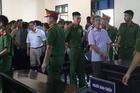 Xã đội trưởng ở Hà Tĩnh bị phạt 8 năm tù vì chém cháu tử vong