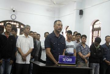 Trùm gỗ lậu Phượng 'râu' lãnh án cao nhất 8,5 năm tù