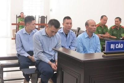 Nữ nhân viên ở Hà Nội bị quản lý xông vào nhà bắt cóc, đòi tiền chuộc