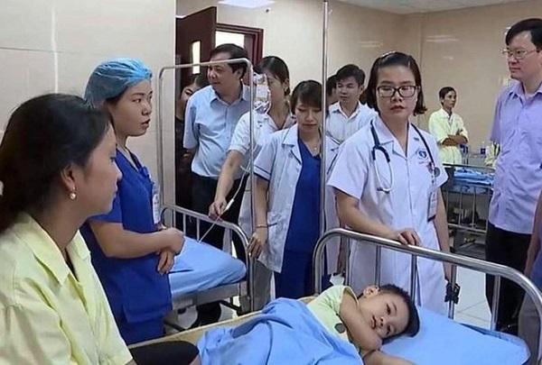 Tin mới nhất về vụ nghi ngộ độc thực phẩm tại Phú Thọ: số trẻ nhập viện lên tới gần 90 em