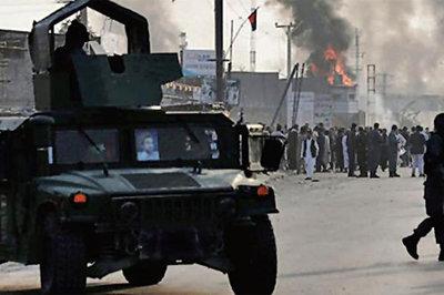 Cuộc mít-tinh của Tổng thống Afghanistan bị đánh bom, hàng chục người chết
