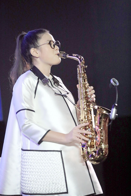 Teenage saxophonist releases debut MV