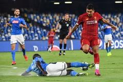 Napoli 0-0 Liverpool: Ăn miếng trả miếng (H1)