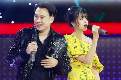 Dàn trai xinh gái đẹp là sinh viên Học viện Hàng không Việt Nam