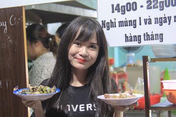 Quán ốc lắc của 9X ở Sài Gòn, doanh thu mỗi ngày 10-20 triệu