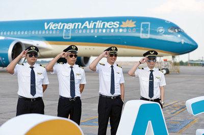 Thu nhập khủng, nhu cầu cao, vì sao tuyển sinh phi công vẫn khó?