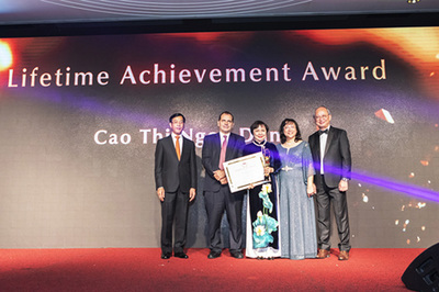Chủ tịch PNJ nhận giải Oscar của ngành kim hoàn Châu Á