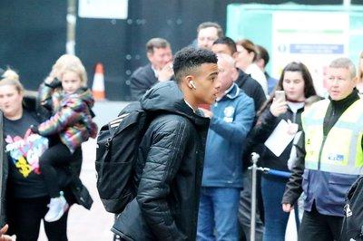 MU xác nhận đội hình đấu Europa League, PSG đẩy Neymar đến Real