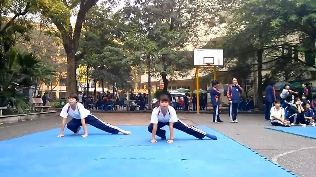 Ngó lơ thể dục, sinh viên trượt như 'sung rụng'