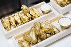 Cánh gà dát vàng 24k, món ăn chỉ dành cho giới siêu giàu